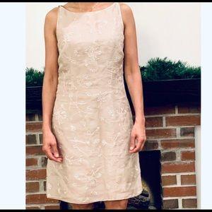 Vintage ANN TAYLOR 100% Silk Floral Sheath Dress